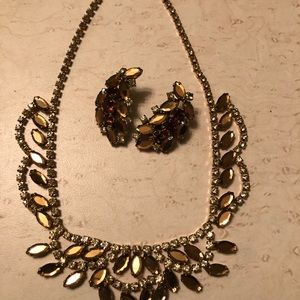 Fun Vintage Necklace and Earring set.